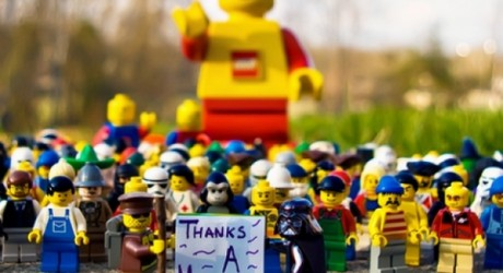 LEGO anuncia fin a su alianza con Shell