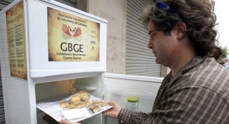 """""""Neveras solidarias"""" debutan en España"""
