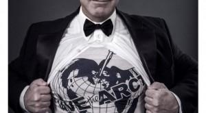 'Salva el Ártico', gritan los famosos con la camiseta de Vivianne Westwood